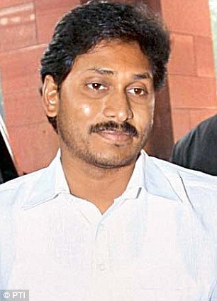 Probe: Jaganmohan Reddy (left) and his father Y.S. Rajasekhara Reddy, the late CM of Andhra Pradesh