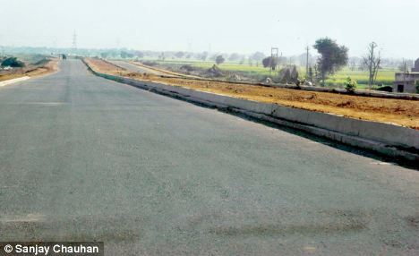The Dwarka Expressway will end commuters' daily struggle with bottlenecks, gridlocks and stop-and-crawl traffic, it is hoped