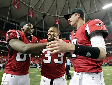No payouts: Atlanta Falcons wide receiver Roddy White (left), with running back Michael Turner, and quarterback Matt Ryan