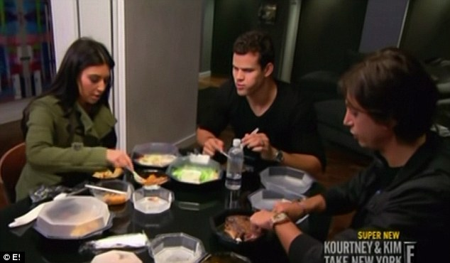 Dinner date: Kim and Kris join Jonathan at his apartment for dinner