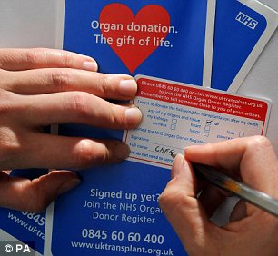 The NHS has a shortage of organ donors. Surgeons at Queen Elizabeth Hospital are working on preserving available organs