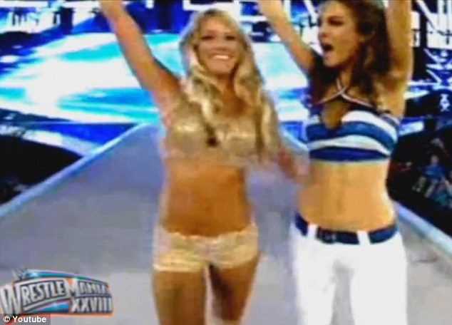 Tough! Despite her injury, the Extra host stepped into the ring at the Miami Dolphins' Sin Life Stadium