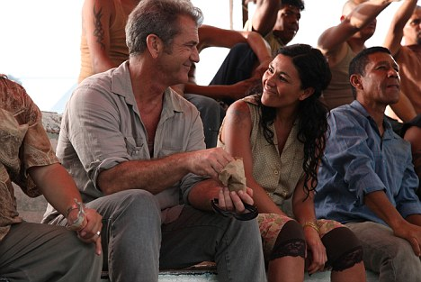 Mexican romance: Mel Gibson and Dolores Heredia in How I Spent My Summer Vacation