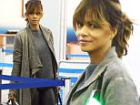 EXCLUSIVE: Halle Berry arrives to catch a flight at JFK airport in NYC.\n\nPictured: Halle Berry\nRef: SPL1180694  191115   EXCLUSIVE\nPicture by: Splash News\n\nSplash News and Pictures\nLos Angeles: 310-821-2666\nNew York: 212-619-2666\nLondon: 870-934-2666\nphotodesk@splashnews.com\n