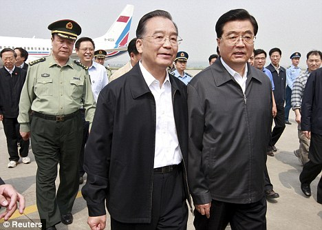 Outgoing: Chinese Premier Wen Jiabao (left) and Chinese President Hu Jintao