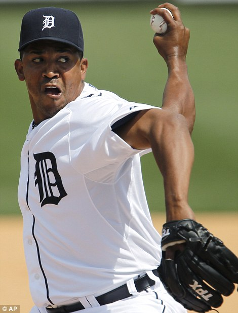 Detroit Tigers relief pitcher Octavio Dotel throws against the Minnesota Twins