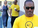 November 21, 2015: Eddie Murphy, Paige Butcher off for a coffee run in Los Angeles, CA.\nMandatory Credit: Lek/INFphoto.com Ref.: infusla-294