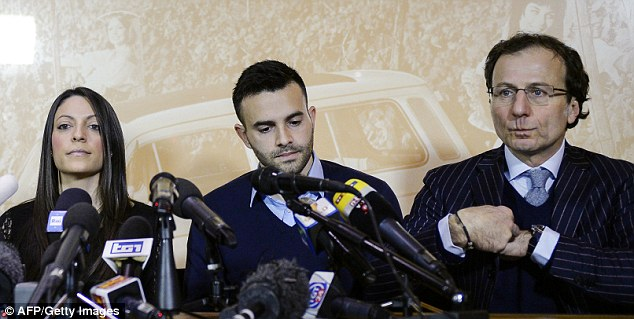 Stephanie, Lyle and lawyer Francesco Maresca during the Florence press conference