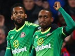 LONDON, ENGLAND - NOVEMBER 23:  Jermain Defoe (R) of Sunderland celebrates after scoring the opening goal during the Barclays Premier League match between Crystal Palace and Sunderland at Selhurst Park on November 23, 2015 in London, England.  (Photo by Clive Rose/Getty Images)