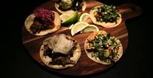 Taco. Man kan selvfølgelig spise sig kvalmende mæt i nachos fra Gringo Bar, men der er også andre mexi-alternativer på festivalen. - Foto: JOACHIM ADRIAN