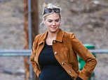 *EXCLUSIVE* Beverly Hills, CA - Kate Upton and Justin Verlander take her dog Harley to exercise in a park on a cold day in Beverly Hills. Kate threw a frisbee for her pooch to fetch as she carefully moved around on an injured ankle she had wrapped up tightly.\n \nAKM-GSI    December  5, 2015\n\n\nTo License These Photos, Please Contact :\n\nSteve Ginsburg\n(310) 505-8447\n(323) 423-9397\nsteve@akmgsi.com\nsales@akmgsi.com\n\nor\n\nMaria Buda\n(917) 242-1505\nmbuda@akmgsi.com\nginsburgspalyinc@gmail.com