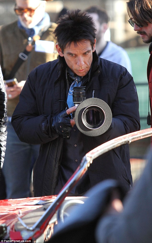 Multitalented:Besides starring in the comedy, Ben is also directing the film, and was seen outside the car planning upcoming shots with a viewfinder