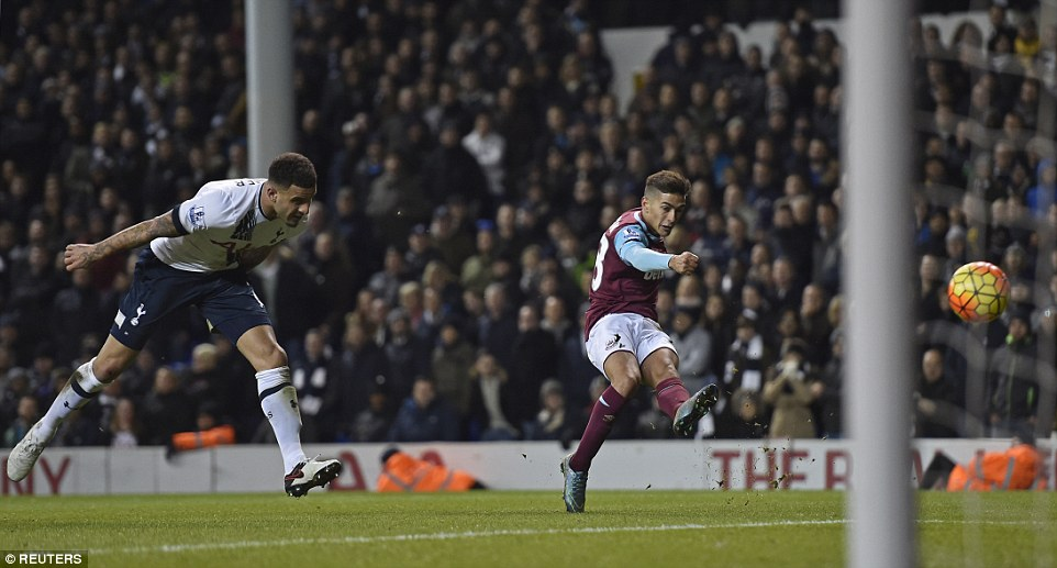 Manuel Lanzini fires home powerfully after finding his way past Walker to grab a late consolation goal for the visitors