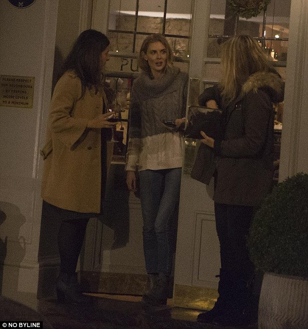 Donna was spotted chatting to two fellow punters as boyfriend James Middleton remained inside the pub