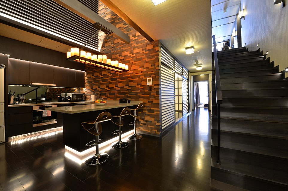 The Kasara Niseko Village Townhouse apartments are ludicrously luxurious with spacious rooms and beautiful wooden floors