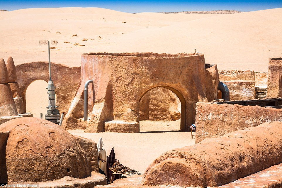 The advance of the desert have seen much of the original set destroyed, but evidence remains to please fans everywhere