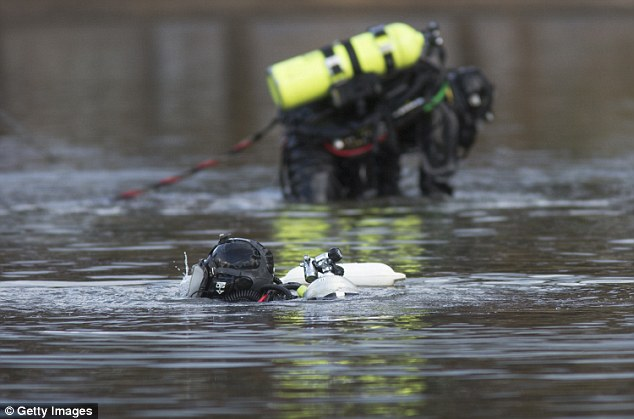 A search for a computer hard drive linked to Farook and Malik hit third day on Saturday as specialized divers with the FBI looked through a San Bernardino lake for abandoned evidence