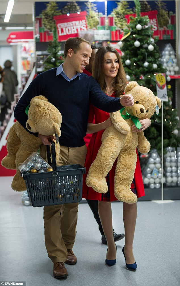 Shoppers were sent into a frenzy on December 11 when Kate and William lookalikes were spotted browsing the aisles in budget-friendly chain Wilko in Kensington, London