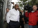FILE - In this June 11, 2014 file photo, Kevin Roper leaves a court appearance  in New Brunswick, N.J. Roper, the truck driver who slammed into a limo carrying actor Tracy Morgan, killing one man and severely injuring the comedian, will ask a judge next week to throw out criminal charges against him. Within days of the accident, Roper was charged in state court with one count of death by auto and four counts of assault by auto, though as of Friday, Dec. 18, 2015, he hadn't been indicted, said his attorney, David Glassman.  (AP Photo/Mel Evans, File)