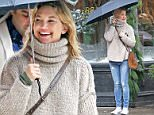 EXCLUSIVE: Kate Hudson spotted wearing a woolen turtle neck sweater and blue jeans as she goes shopping in the rain with her friends\n\nPictured: Kate Hudson\nRef: SPL1197723  171215   EXCLUSIVE\nPicture by: Splash News\n\nSplash News and Pictures\nLos Angeles: 310-821-2666\nNew York: 212-619-2666\nLondon: 870-934-2666\nphotodesk@splashnews.com\n