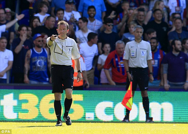 Keith Stroud and assistant referee Peter Kirkup correctly ruled Crystal Palace's goal out for offside