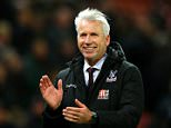 STOKE ON TRENT, ENGLAND - DECEMBER 19:  Palace manager Alan Pardew celebrates at the final whistle during the Barclays Premier League match between Stoke City and Crystal Palace at the Britannia Stadium on December 19, 2015 in Stoke on Trent, England.  (Photo by Richard Heathcote/Getty Images)