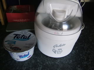 Yoghurt with the ice cream maker