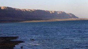 Despite winter storms Dead Sea water level still falling