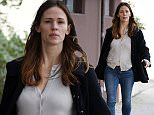 11 Jan 2016 - BEVERLY HILLS - USA  A PREGNANT JENNIFER GARNER LOOKING FRESH FACED AFTER A THERAPUTIC TRIP TO MECHE SALON IN LOS ANGELES!   BYLINE MUST READ : XPOSUREPHOTOS.COM  ***UK CLIENTS - PICTURES CONTAINING CHILDREN PLEASE PIXELATE FACE PRIOR TO PUBLICATION ***  **UK CLIENTS MUST CALL PRIOR TO TV OR ONLINE USAGE PLEASE TELEPHONE  44 208 344 2007 ***