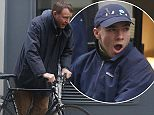 LONDON, ENGLAND - JANUARY 14:  Guy Ritchie seen with his bike in Soho on January 14, 2016 in London, England.  (Photo by Neil Mockford/Alex Huckle/GC Images)