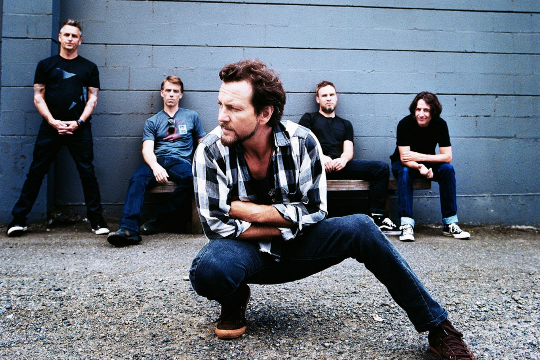 Pearl Jam Announce 2016 Tour Dates, Confirm Headlining Appearance at Bonnaroo