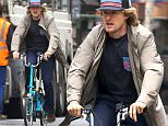EXCLUSIVE ALL ROUNDER Actor Owen Wilson enjoys a bike ride on the streets of Paris\n28 January 2016.\nPlease byline: Vantagenews.com