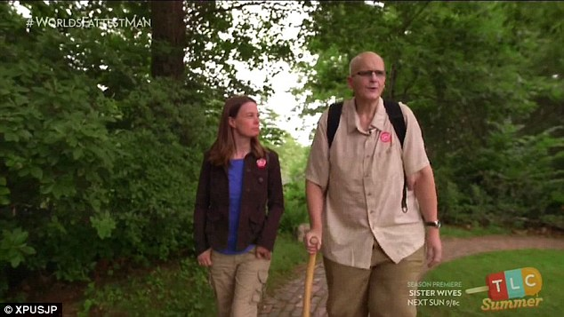 After years spent bedbound, he moved to America to be with his fiancée, Rebecca Mountain, who tracked him down online after she saw a television documentary about his extreme obesity