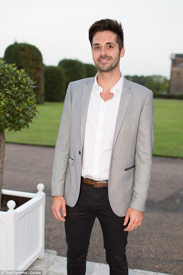 Champ! Last year's X Factor winner Ben Haenow made for a perfectly smart-casual gent