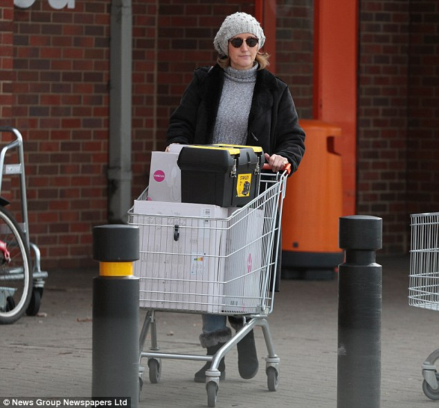 Among the shops Andrews visited were the British Heart Foundation and B&Q, where she bought chandeliers, wall lights and a tool box. She also purchased a microwave from Asda