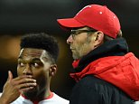 LONDON, ENGLAND - FEBRUARY 09:  Jurgen Klopp, manager of Liverpool talks to Daniel Sturridge of Liverpool during the Emirates FA Cup Fourth Round Replay match between West Ham United and Liverpool at Boleyn Ground on February 9, 2016 in London, England.  (Photo by Mike Hewitt/Getty Images)