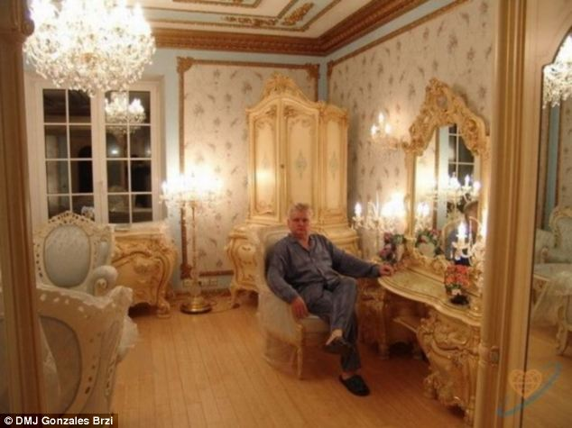 Won't you join me? In this image Brzi relaxes in his baby-blue boudoir, presumably awaiting the arrival of his new wife
