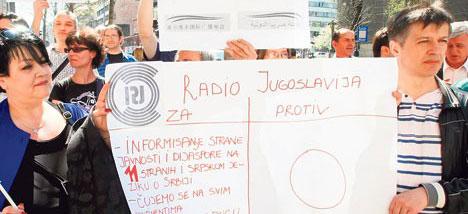 radio-srbija-protest.jpg