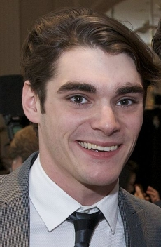 A photo of the actor RJ Mitte