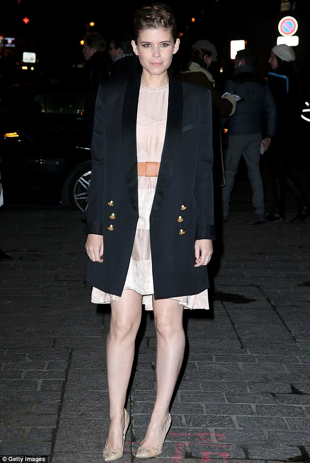 A-List style: Kate Mara pulling of a sizzlingly stylish look, as she arrived at the H&M Autumn/Winter 2016 show at Paris Fashion Week