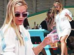 Exclusive... 51986280 Actress and busy mom Reese Witherspoon is spotted vacationing in Cabo San Lucas, Mexico with friends on March 2, 2016. FameFlynet, Inc - Beverly Hills, CA, USA - +1 (310) 505-9876