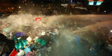 Turkish police raid Zaman HQs, fire tear gas on readers after gov't takeover