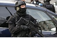 France arrests 'terror suspects' in raids