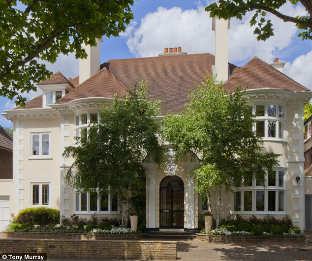Secret meetings: The house in Primrose Hill, West London, where it is alleged Edward VIII and Wallis Simpson played out their affair