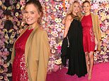 MUNICH, GERMANY - MARCH 07:  Bar Refaeli and her mother Tzipi Levine during the PEOPLE Style Awards at Hotel Vier Jahreszeiten on March 7, 2016 in Munich, Germany.  (Photo by Gisela Schober/Getty Images for PEOPLE)