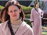 jennifer garner bathrobe