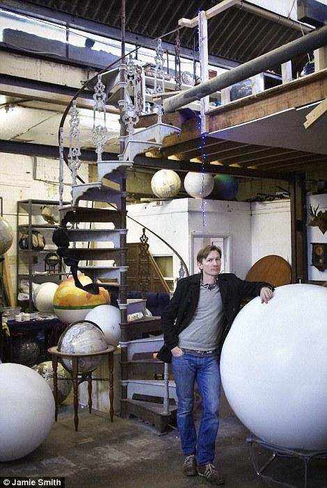 Peter Bellerby globe