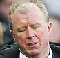 NEWCASTLE UPON TYNE, ENGLAND - MARCH 05:  Steve McClaren manager of Newcastle United reacts after Bournemouth's third goal during the Barclays Premier League match between Newcastle United and A.F.C. Bournemouth at St James' Park on March 5, 2016 in Newcastle upon Tyne, England.  (Photo by Ian MacNicol/Getty Images)