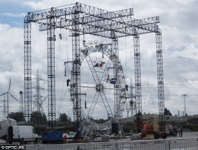 Closing time: A 30ft ferris wheel is being constructed to represent the London Eye