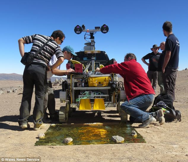 """Space scientists who are using medieval stained-glass inside a """"state of the art"""" camera being sent on a mission to Mars"""